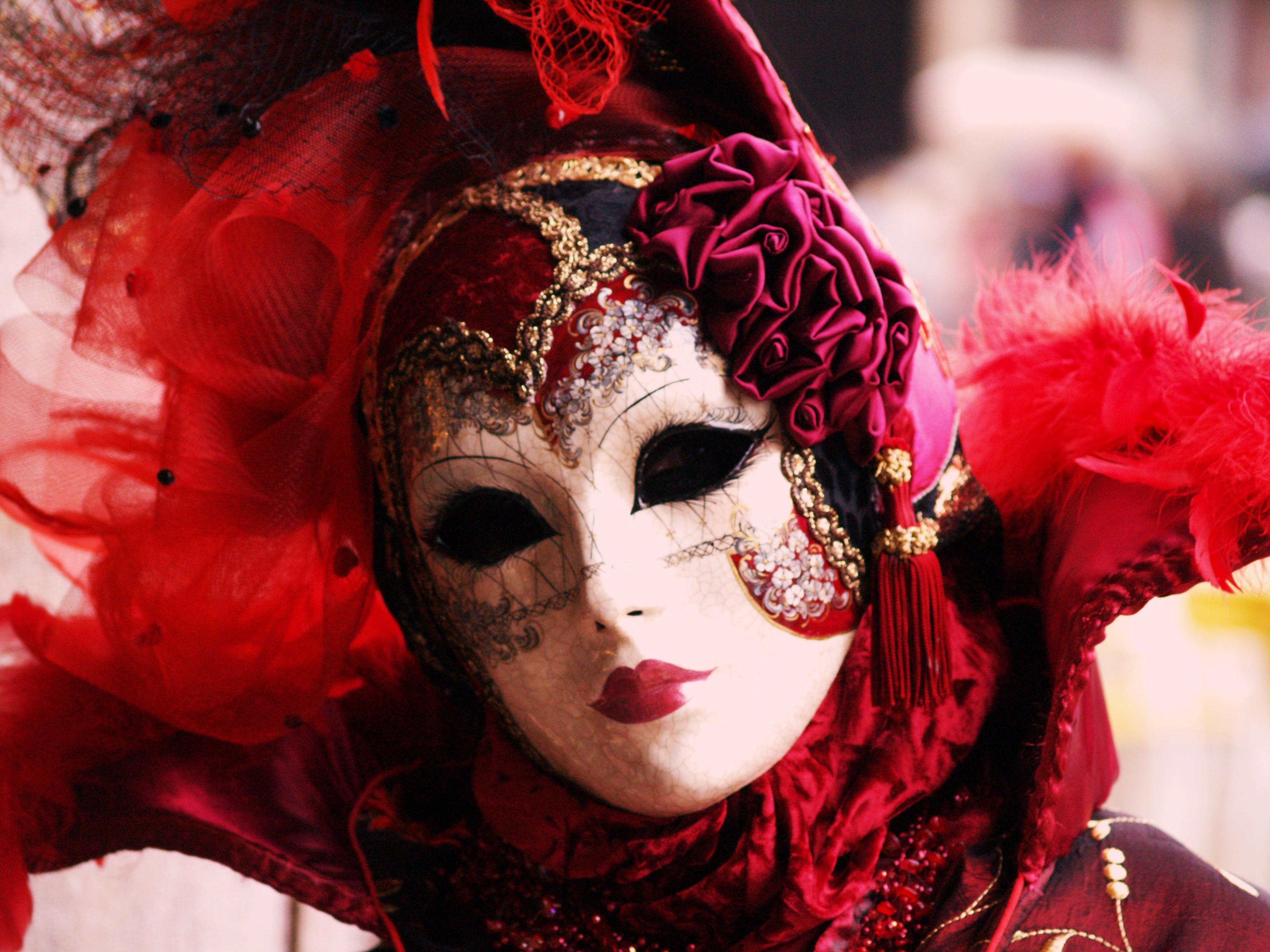 theatrical-costume