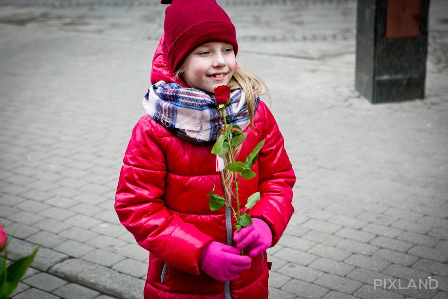 первые цветы 14