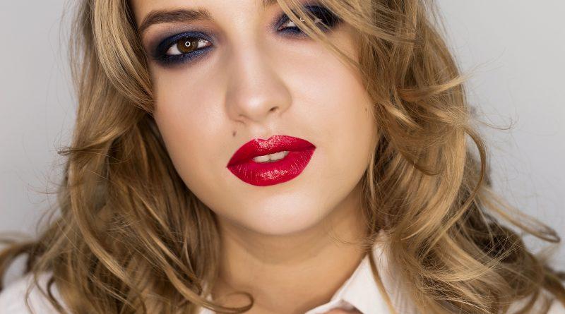 19. Rouge intense Sothys 240 lipstick Diana Vonda Krieva project #20dayswithsothyslipstick