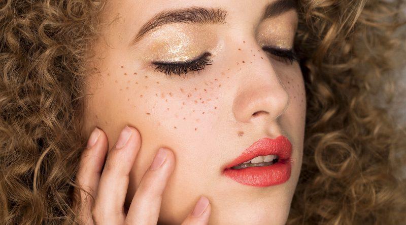 8. Rouge intense Sothys 221 lipstick Diana Vonda Krieva project #20dayswithsothyslipstick