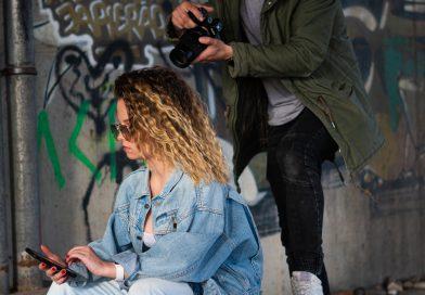 Холли — молодая и талантливая певица из Риги выпускает дебютный сингл и видео клип и презентует себя латвийской аудитории.
